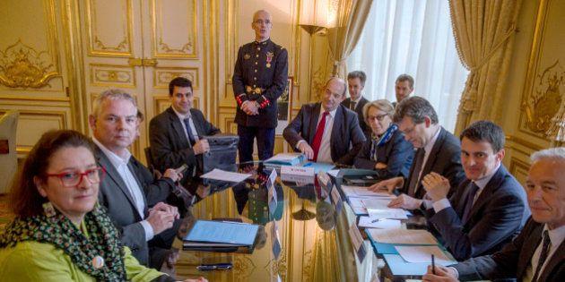 Valls reçoit les syndicats : baptême social pour le premier ministre qui ne rassure pas ses