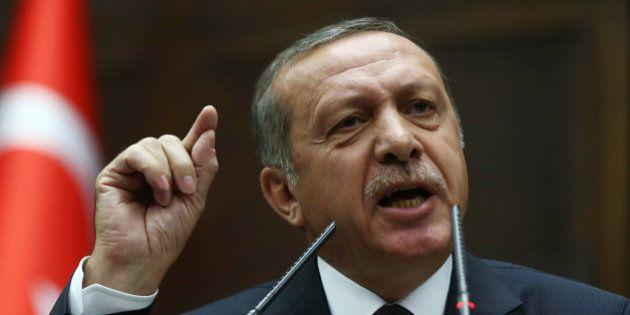Turquie : le Premier ministre Recep Tayyip Erdogan accuse Twitter d'évasion