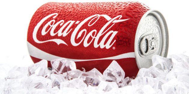Obésité et surpoids : Coca-Cola finance des recherches scientifiques pour disculper les sodas, selon...