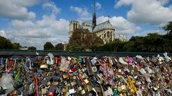 Les ponts parisiens perdent 37 grilles pleines de