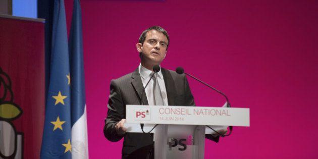 Manuel Valls devant le PS: