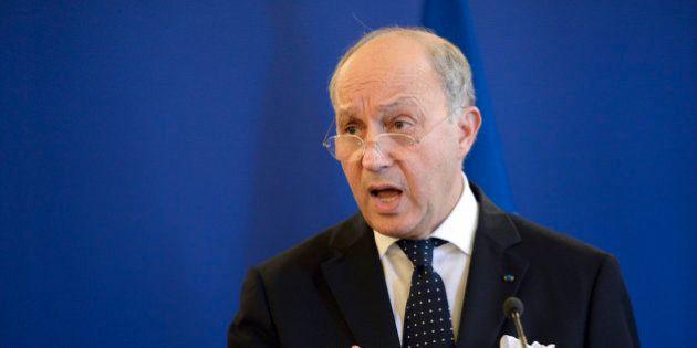 Conflit israélo-palestinien: Fabius étrille Sarkozy, qui a critiqué la diplomatie