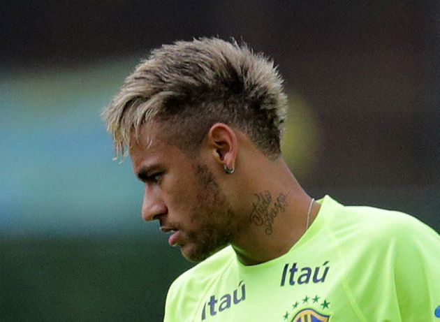 PHOTOS. Neymar en blond avant Brésil -