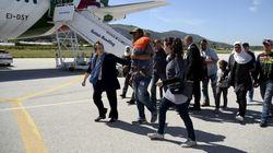 Le pape François ramène douze réfugiés syriens au