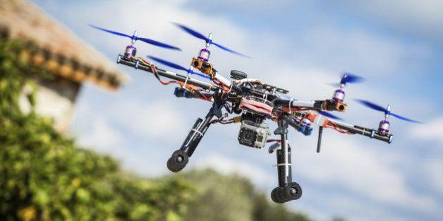 Protection de la vie privée: la Californie interdit aux paparazzis d'utiliser des drones et s'attaque...