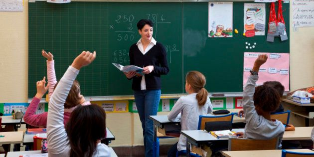 École: To note or not to