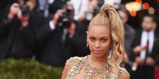 Le père de Beyoncé alimente une théorie sur l'âge présumé de la