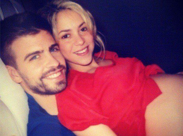 PHOTO. Shakira enceinte, la chanteuse dévoile ses formes sur Instagram aux côtés de Gerard