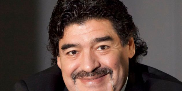 Football: Diego Maradona prêt à discuter avec...