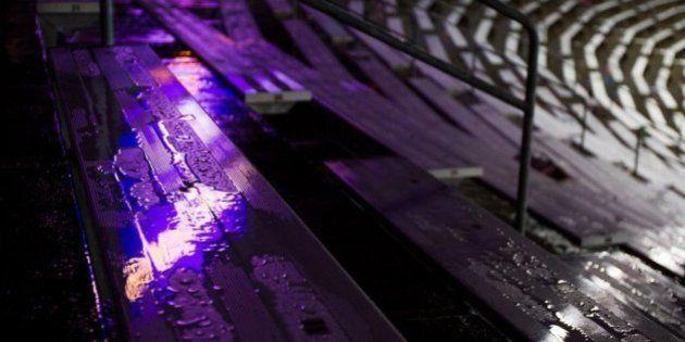 Les internautes colorent la pluie du Minnesota en violet en hommage à