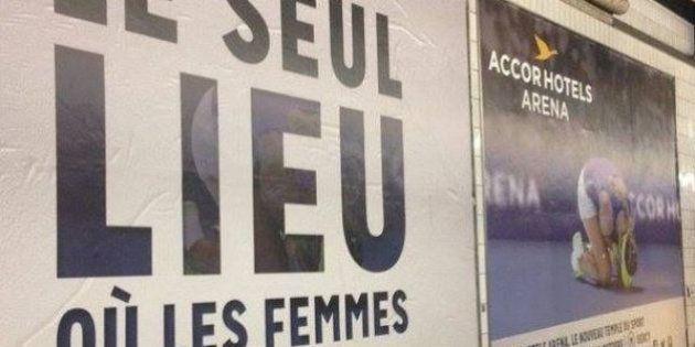 Accusée de sexisme, la pub de l'AccorHotels Arena va être retirée par la mairie de