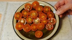 VIDÉO. Comment couper des tomates cerises facilement et