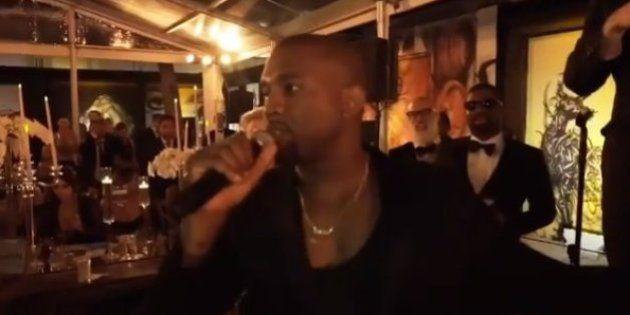 VIDÉO. Kanye West se moque de lui-même (une grande