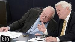 Les adhérents FN vus avec Jean-Marie Le Pen seront