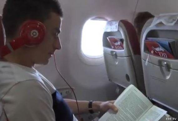 VIDÉOS. France-Nigeria: à la Coupe du monde, que font les Bleus pendant les voyages en
