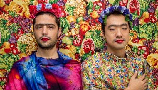 Un projet photos transforme femmes, hommes et enfants en Frida Kahlo pendant 15
