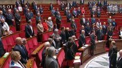 La minute de silence de l'assemblée pour les victimes de