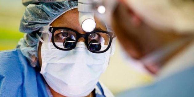 Des femmes chirurgiens lancent un hashtag pour lutter contre le sexisme au