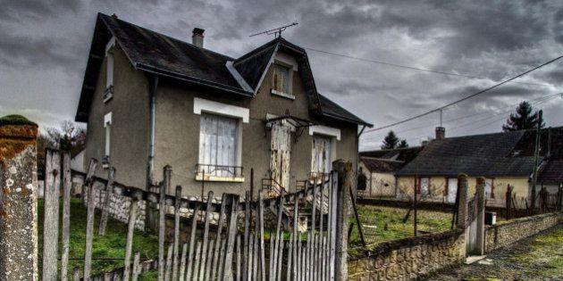 0, -2EV, +2EV No trespassing except for ghosts. -*-*-*-*-*-*- Entrée interdite sauf aux fantômes. -*-*-*-*-*-*-...