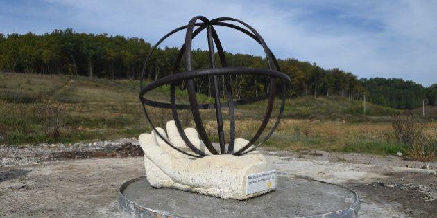 Disparition énigmatique à Sivens de la statue hommage à Rémi