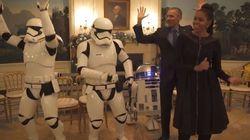 VIDÉO. Barack et Michelle Obama dansent avec des Stormtroopers pour célébrer le Star Wars