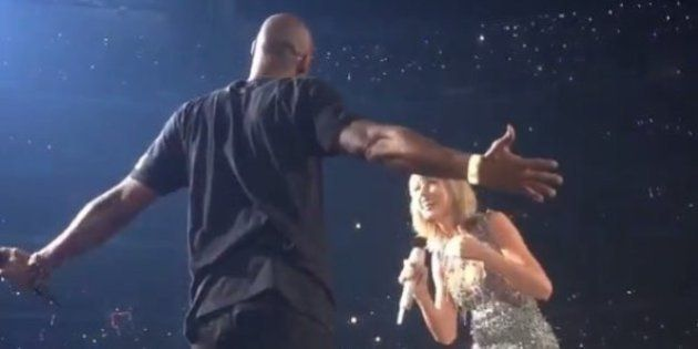 VIDÉO. Taylor Swift reçoit une surprise de Kobe Bryant en plein