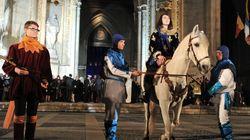 Macron à Orléans pour honorer une Jeanne d'Arc récupérée à toutes les