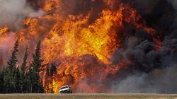 L'incendie ravageur à Fort McMurray a doublé de taille et atteint maintenant 20 fois la superficie de