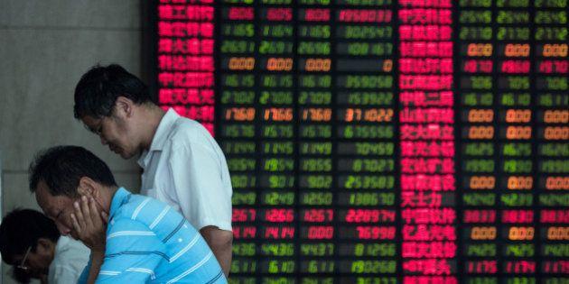 Les Bourses asiatiques décrochent, Shanghai s'enfonce de