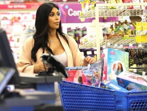 Kim Kardashian en pleine séance de shopping pour sa fille