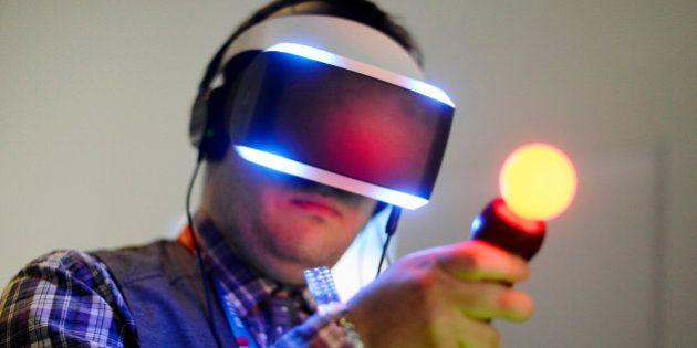 Salon E3 2015: Oculus et Sony veulent révolutionner les jeux vidéos avec leurs casques virtuels (mais...