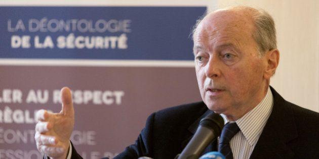 Le Défenseur des droits dénonce la façon dont la France traite les