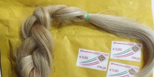 Perte de cheveux liée au cancer : une association italienne recueille des mèches pour offrir des perruques...
