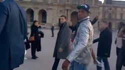 En visite au Louvre, Jay-Z est très vexé qu'on ne le reconnaisse