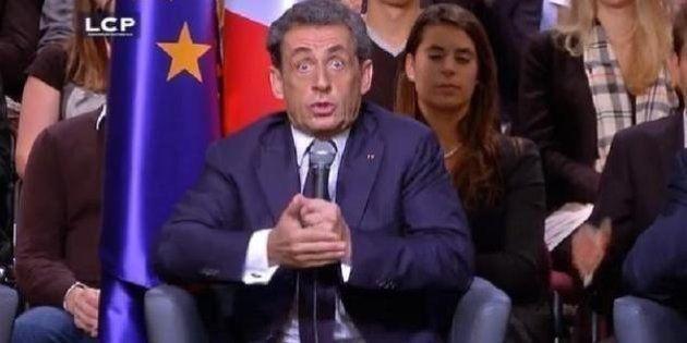 Sarkozy: une capture d'écran peu flatteuse tourne au concours de légendes sur