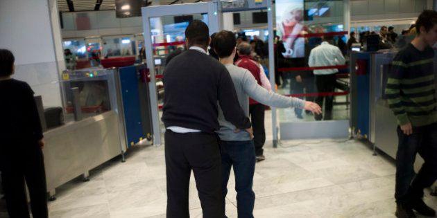 Sécurité dans les aéroports: les mesures de sûreté pour les vols vers les États-Unis renforcées, des...