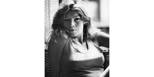 Rita Renoir est morte : décès de l'actrice et célèbre stripteaseuse du Crazy