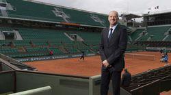 Pas de toit à Roland Garros? C'est de la faute à Hollande, taquine