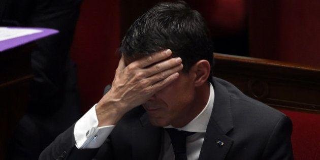 A un mois des régionales, le gouvernement Valls surfe de renoncement en