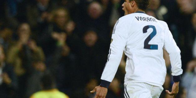 Raphaël Varane définitivement forfait pour l'Euro 2016, remplacé par Adil Rami dans les