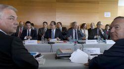 Face aux partenaires sociaux, Hollande joue au juge de paix