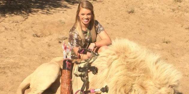 Kendall Jones: Facebook supprime les photos de ses trophées de chasse et