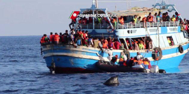 40 migrants morts dans la cale d'une embarcation en