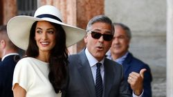 Amal Clooney pour les sculptures du