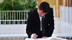 Voyage à Berlin: Manuel Valls a bien signé un chèque de 2500
