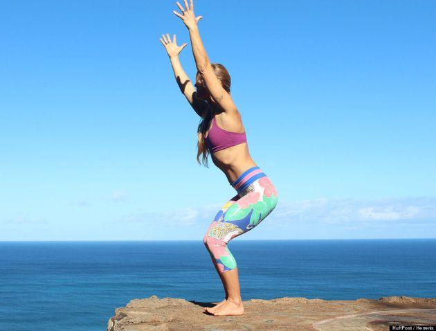 PHOTOS. 11 postures de yoga pour débutant que tous croient connaître (mais exécutent peut-être