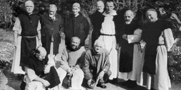 Tibéhirine: les crânes des 7 moines exhumés en Algérie en présence du juge français Marc