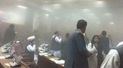 Les Talibans attaquent le parlement de