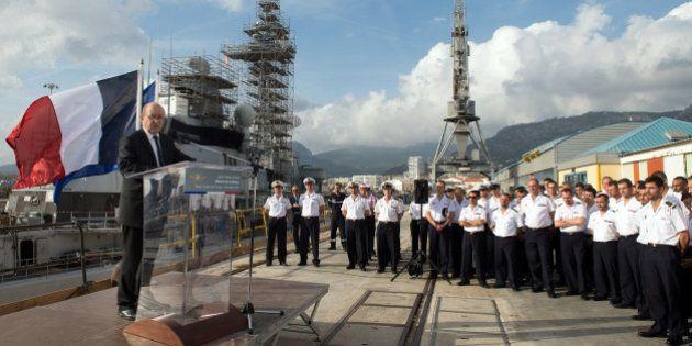 Le ministère de la Défense annonce la suppression de 7500