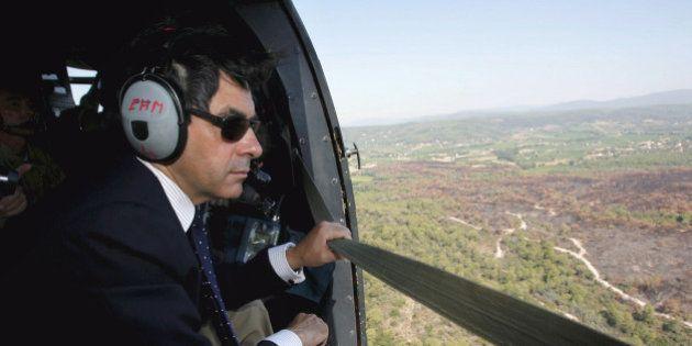 Réglement de comptes à l'UMP: de coûteux trajets de François Fillon en hélicoptère facturés au